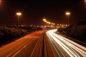 Wikimedia-Commons_M2_Motorway_at_Night_-_geograph.org.uk_-_327666
