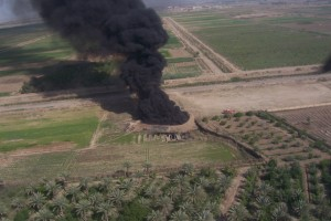 Wikimedia-Ahodges7-Iraq_Oil_Well_Fire